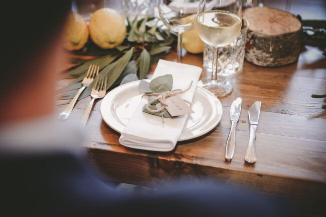 Decoratie dinertafel bruiloft